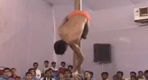 Pole Dancing in Indien