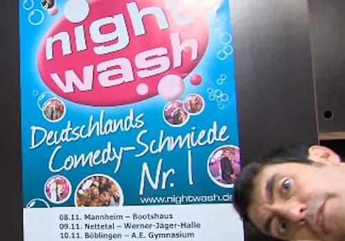 Knacki Deuser von Nightwash präsentiert Newspresso