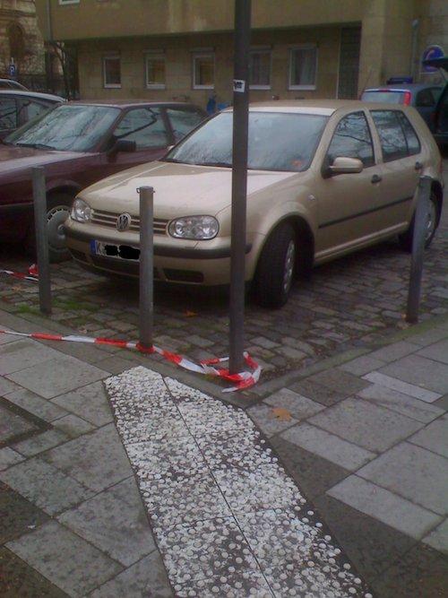 Blind zum Auto