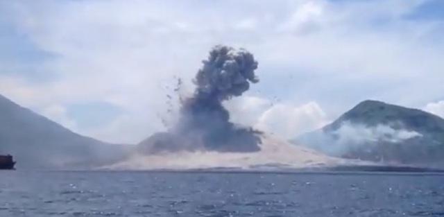 vulkanausbrauch papua neuguinea