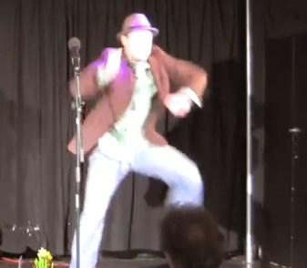 manuel tanzt